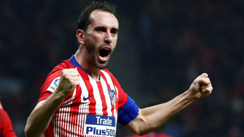 """Godins, visticamāk, neparakstīs jaunu līgumu ar """"Atletico"""", """"Juventus"""" tuvu Remzijam"""