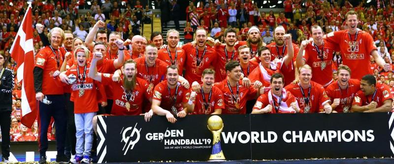 Handbola dzimtene Dānija - tagad arī pasaules čempione