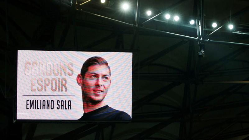 Apstiprināta futbolista Salas nāve