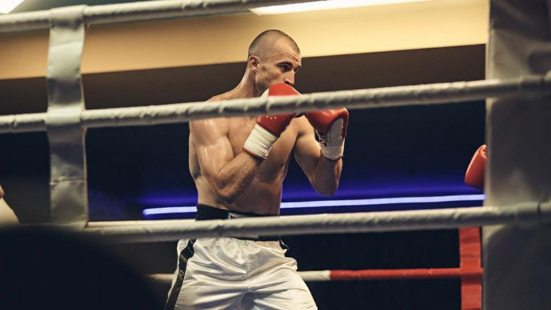 Nedēļu pirms cīņas Rīgā nošauts krievu bokseris