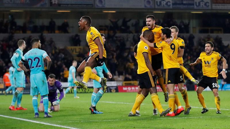 """""""Wolverhampton"""" pēdējās sekundēs izglābjas pret """"Newcastle"""""""