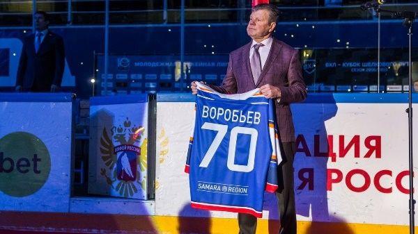 Toljati iemūžināts bijušā Latvijas izlases galvenā trenera Vorobjova numurs