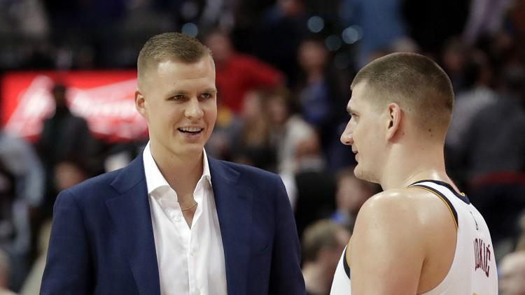 """Porziņģis aizvadījis pirmo """"5-pret-5"""" treniņu """"Mavericks"""" rindās"""