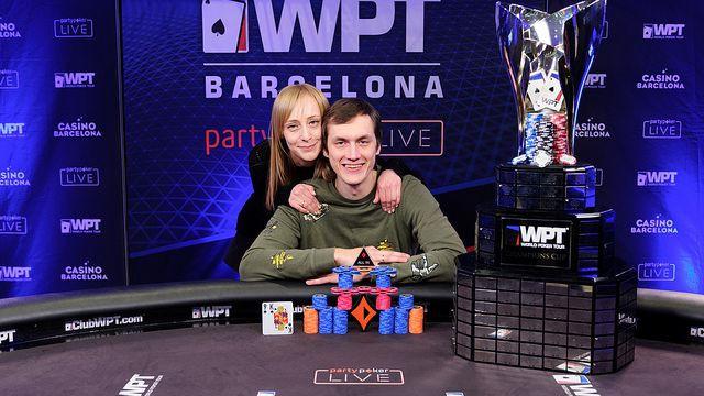 Latvijas pokera spēlētājs par uzvaru turnīrā iegūst 600 tūkstošus eiro