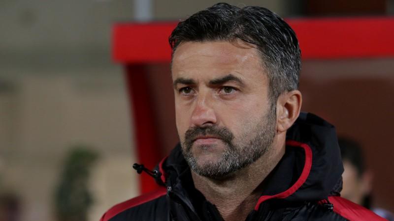 Albānija dienu pēc zaudējuma Turcijai atlaiž galveno treneri Panuči