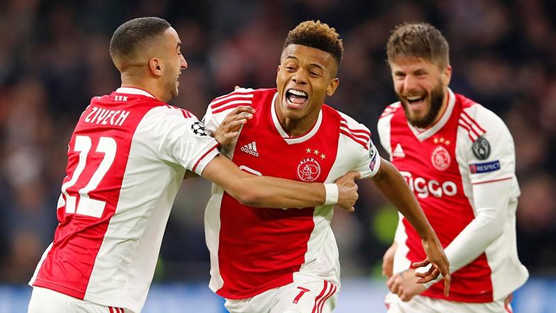 """Pelnrušķītes stāstam potenciāls turpināties, """"Ajax"""" spēlē neizšķirti ar """"Juventus"""""""