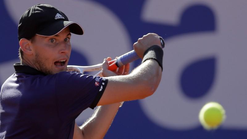 Tīms ceturto gadu pēc kārtas uz māla uzvar Nadalu
