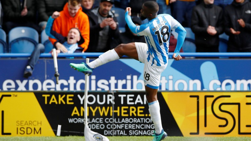 """""""Huddersfield"""" no Premjerlīgas mājās atvadās ar """"Man Utd"""" cerību aprakšanu"""