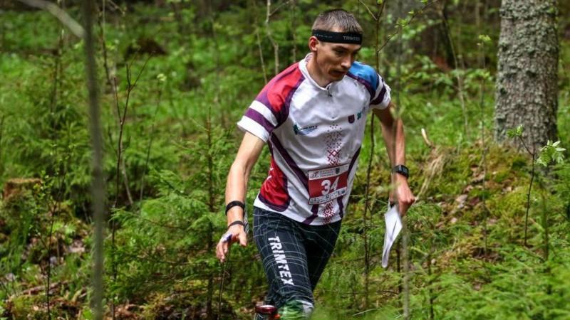 Grosberga un Silds kļūst par Latvijas čempioniem orientēšanās garajā distancē