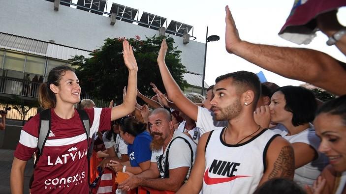 Trīs olimpietes, trīs jaunas sejas: izlase sāk gatavoties Eiropas čempionātam