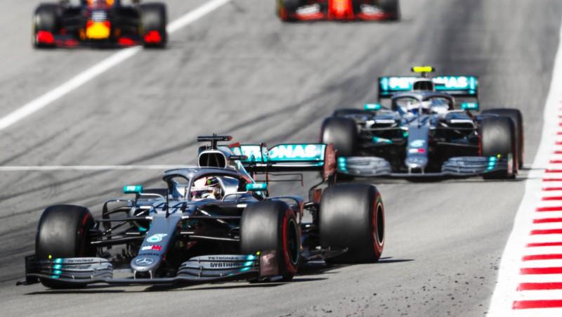 """Elisons: """"Pilnīgi jaunas F1 mašīnas radīšanai nepieciešami 14 mēneši"""""""