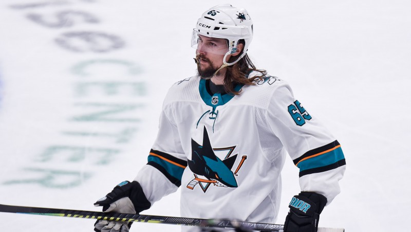 Karstākajam NHL brīvajam aģentam Kārlsonam veikta operācija