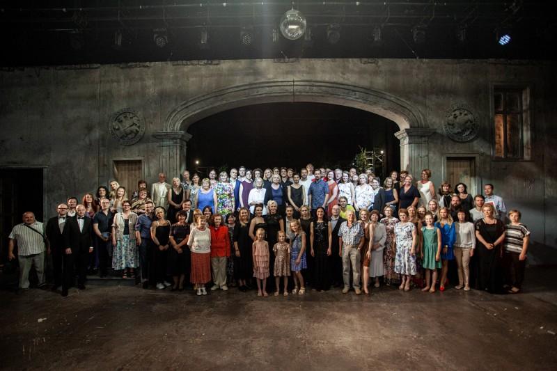 Dailes teātris beidz 99. sezonu un apbalvo labākos darbiniekus