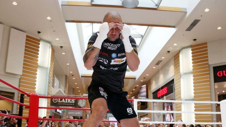 """Glovackis: """"Mana prioritāte joprojām ir Briedis, taču iespēju cīnīties par titulu izmantošu"""""""