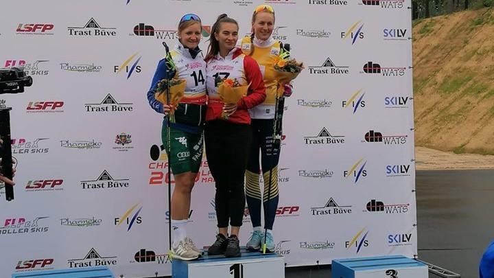 Olimpiskie medaļnieki Boļšunovs un Ņeprjajeva Madonā uzvar PČ rollerslēpošanā