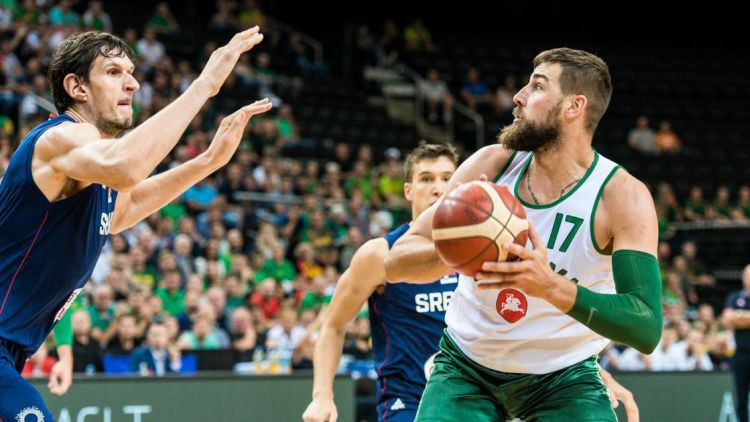 """Lietuva vēlreiz zaudē Serbijai, """"Wizards"""" jaunais japānis iemet 35 punktus"""
