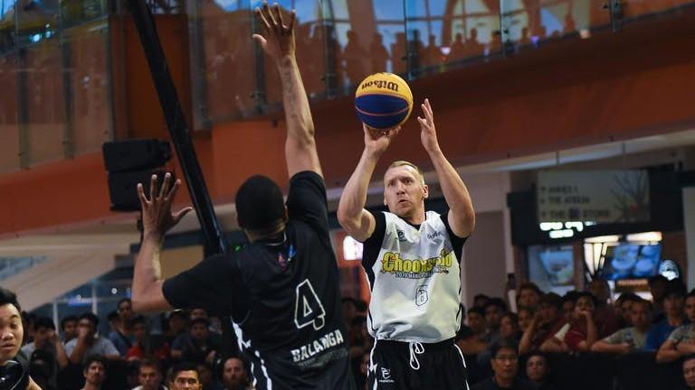 """""""Riga Ghetto"""" basketbolisti grūtā cīņā uzvar """"Challenger"""" turnīrā Filipīnās"""