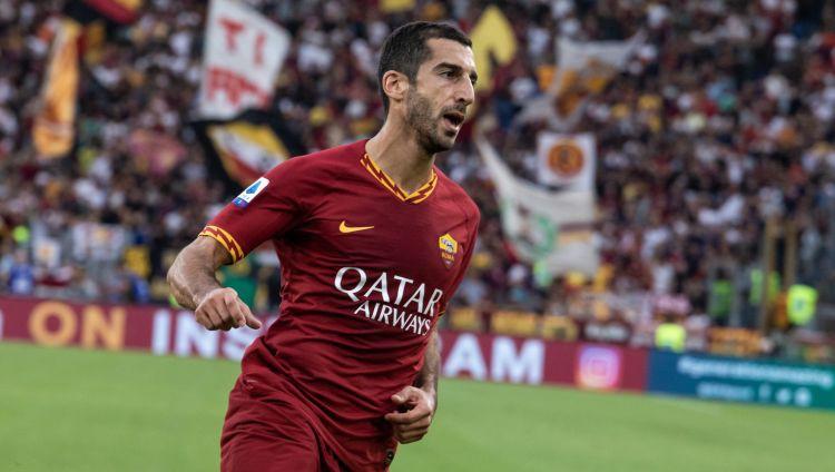 """""""Roma"""" pirmajā pusstundā iesit četrus vārtus, Pjontekam """"Milan"""" uzvaras vārti"""
