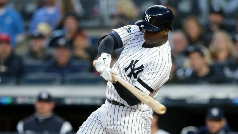 """""""Yankees"""" un """"Astros"""" nonāk soļa attālumā no Amerikas līgas fināla"""