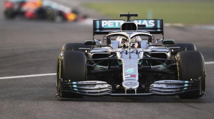 F1 sezona beidzas ar čempiona Hamiltona triumfu Abu Dabī