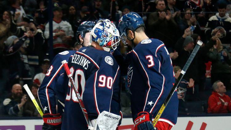 """NHL paziņo par 24 komandu """"play-off"""", septiņām komandām sezona beigusies"""