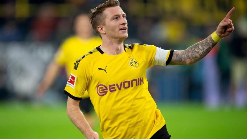 """Dortmundes kapteinis Roiss nespēlēs arī pret """"Bayern"""", iespējams, sezona beigusies"""