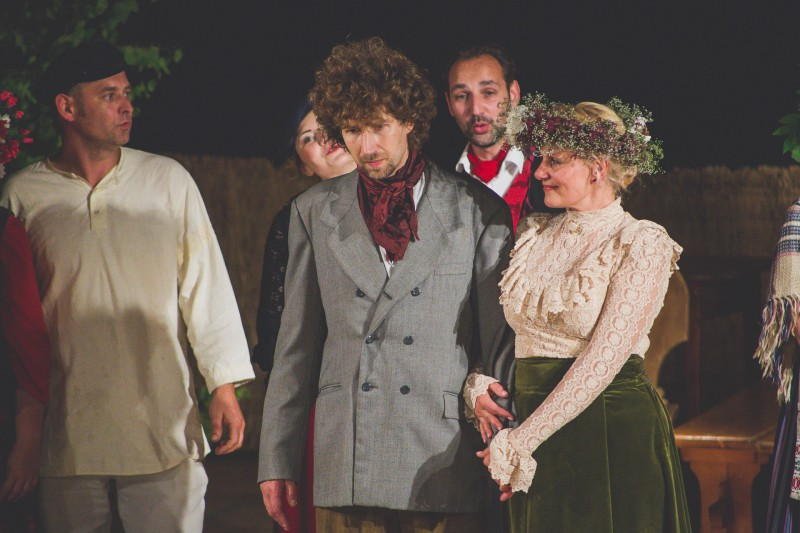 """Ogres teātris aicina uz """"Skroderdienu Silmačos"""" brīvdabas izrādēm"""