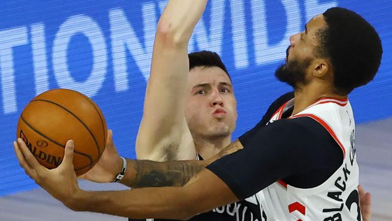 """Kurucam un """"Nets"""" neizmantotas iespējas un 0-2 sērijā pret """"Raptors"""""""