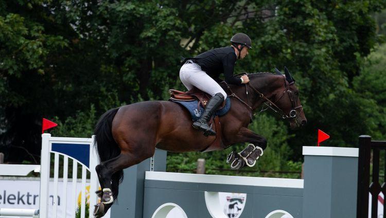 Neretnieks olimpisko normatīvu izpilda ar vēl vienu zirgu