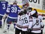 HOKEJISTIEM PASAULES ČEMPIONĀTĀ 11. VIETA. Latvijas hokeja izlase, maijā pasaules čempionātā, spēlējot Helsinku grupā, lika panervozēt līdzjutējiem, ja runājam par vietas saglabāšanu Elitē - pirmajās trīs spēlēs tikai zaudējumi (0:6 pret Krieviju, 1:4 pret ASV, 3:6 pret Austriju) un radās bažas. Tieši laikā nāca negaidītā uzvara pār pasaules vicečempioniem slovākiem (5:3), bet tad atkal sekoja zaudējums - 0:2 pret Vāciju. Būtībā izšķirošā cīņa par palikšanu notika 13. maijā pret Franciju - izdevās uzvarēt ar 3:1 un pēc austriešu zaudējuma Krievijai tajā pašā dienā kļuva oficiāli skaidrs, ka Latvija vietu Elitē saglabājusi. Pateicoties labvēlīgiem iznākumiem citās spēlēs vienubrīd pavīdēja iespēja pat iespraukties 1/4 finālā, taču brīnums nenotika. Pēdējā spēlē ļoti cienīgs 2:3 zaudējums papildlaikā pret Somiju un galu galā Latvijas izlasei 11. vieta.
