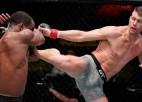 Pieredzējušais Tompsons pārliecinoši sakauj Nīlu gada pēdējā UFC šovā