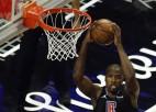 """Ibaka šosezon """"Clippers"""" vairs nepalīdzēs, Siakams izlaidīs piecus mēnešus"""