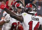 Gronkovskis palīdz aizvest NFL čempioni līdz uzvarai sezonas atklāšanas spēlē