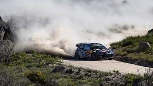 Padonam nepaveicas, Ožjē pārliecinošā vadībā Itālijas WRC posmā