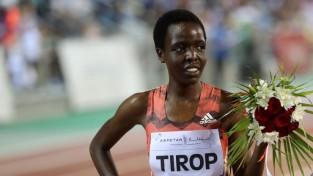 Laboti pasaules rekordi šosejā piecu un desmit kilometru distancēs sievietēm