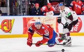 Kas notiek Latvijas hokeja izlases pretinieku nometnēs?