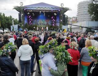 Aicina uz vērienīgām Līgo svinībām Rīgā - 11. novembra krastmalā un Dzegužkalnā