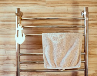 Ar ko atšķiras dvieļu žāvētāji no radiatoriem?