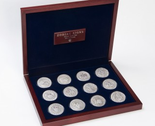 Uzdāvini talismanu- horoskopa zīmei atbilstošu sudraba monētu