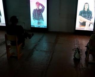 """Maijā vēlreiz tiks rādīta režisora Elmāra Seņkova izrāde–instalācija """"Mii Mii paaudze"""""""