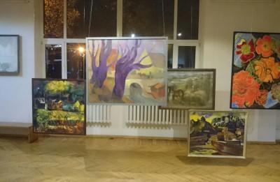 """""""PINGPONGS. IDEJU SASPĒLE"""" Latvijas Mākslinieku savienības muzeja izstāde"""