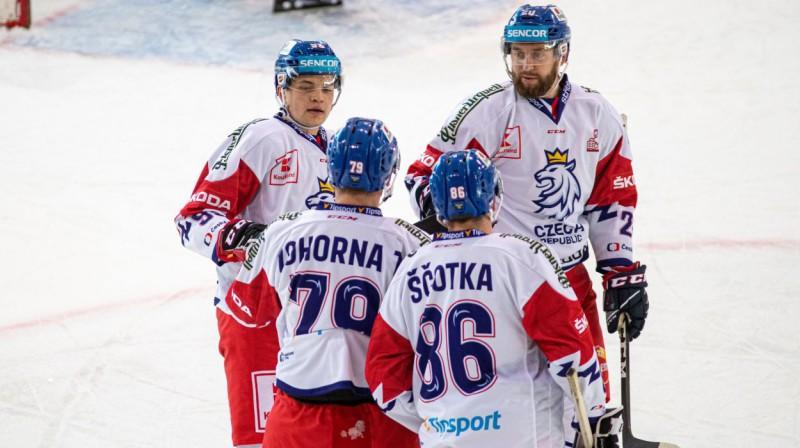 Čehijas izlases hokejisti svin vārtu guvumu. Foto: Jan Beneš/Český hokej