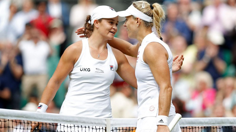 Ešlija Bārtija un Andželika Kerbere. Foto: AFP/Scanpix