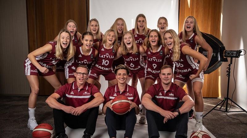Latvijas U18 meiteņu izlase. Foto: FIBA