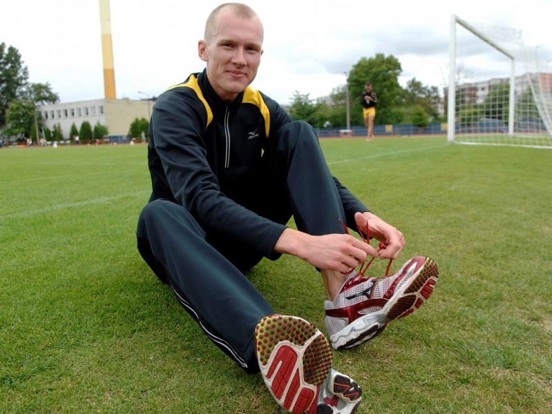 Jurkevičs atkal labo Latvijas rekordu 1500 metros, kvalificējas Londonai