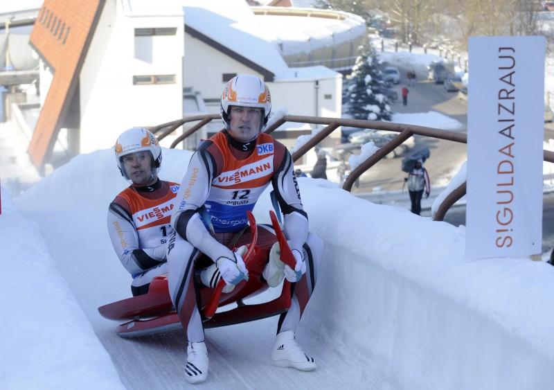 Latvijai bronza komandu stafetē
