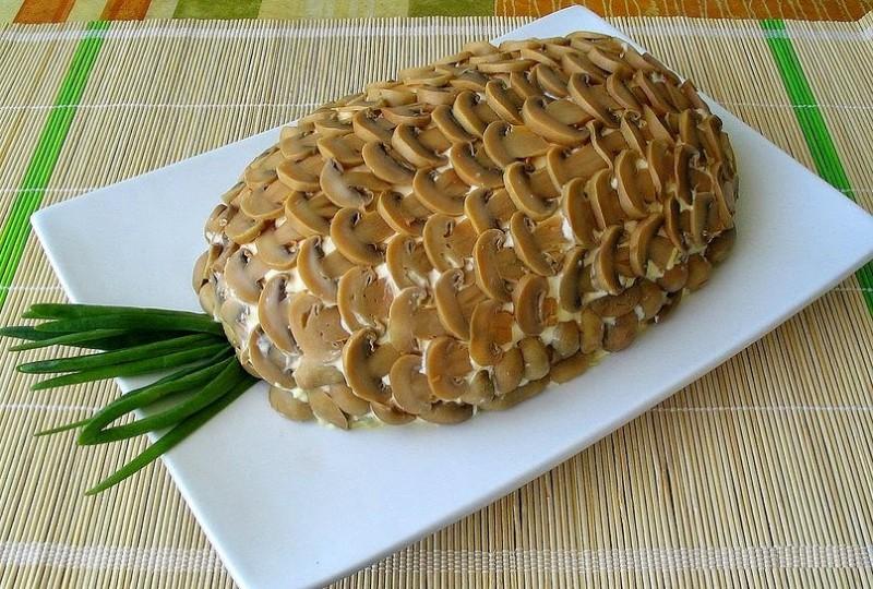 Kārtainie salāti Ananass bez ananasa
