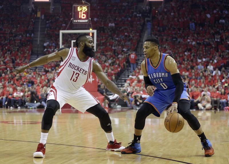 Hārdens vai Vestbruks? Paziņoti kandidāti NBA individuālajām balvām
