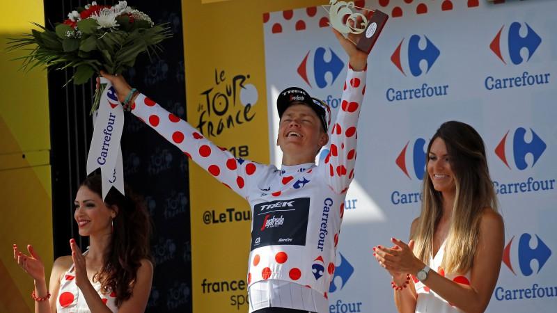 """Skujiņš pēc atrāviena iegūst """"Tour de France"""" Kalnu karaļa krekliņu"""