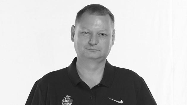 Pēc saslimšanas ar Covid-19 mūžībā aizgājis Eirolīgas čempiones Maskavas CSKA ārsts